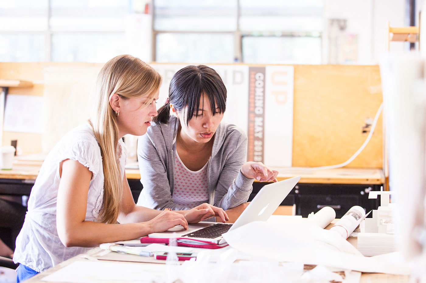college homework done online College can be a very stressful time there is such a big leap from high school to college that many students find themselves getting overwhelmed.
